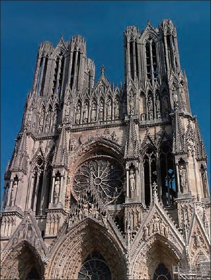 GOTHIC CATHEDRALS - Gothic Cathedrals: A Guide to the