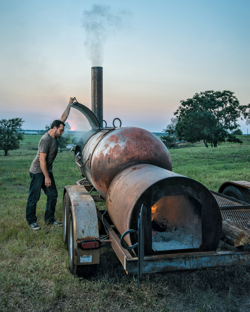 THE SMOKER - Franklin Barbecue: A Meat-Smoking Manifesto (2015)